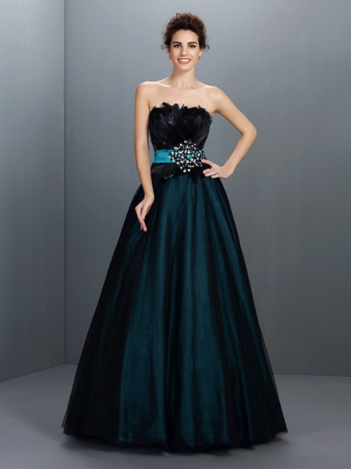 Chicregina LongBall Gown Strapless Elastic Woven Satin Dress with Applique