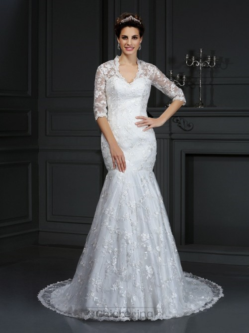 Chicregina Trumpet/Mermaid V-neck 1/2 Sleeves Court Train Lace Wedding Dress With Applique