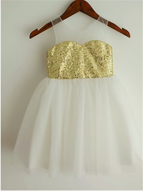 Chicregina A-Line/Princess Scoop Sleeveless Sequin Tea-Length Flower Girl Dress with Tulle