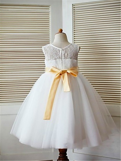 Chicregina A-Line/Princess Tea-Length Scoop Lace Sleeveless Flower Girl Dress with Tulle