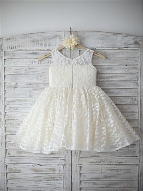 Chicregina Long A-Line/Princess Sleeveless Scoop Flower Girl Dress with Lace