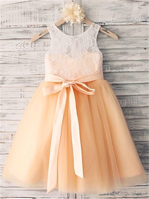 Chicregina Long A-Line/Princess Sleeveless Scoop Sash Flower Girl Dress with Tulle