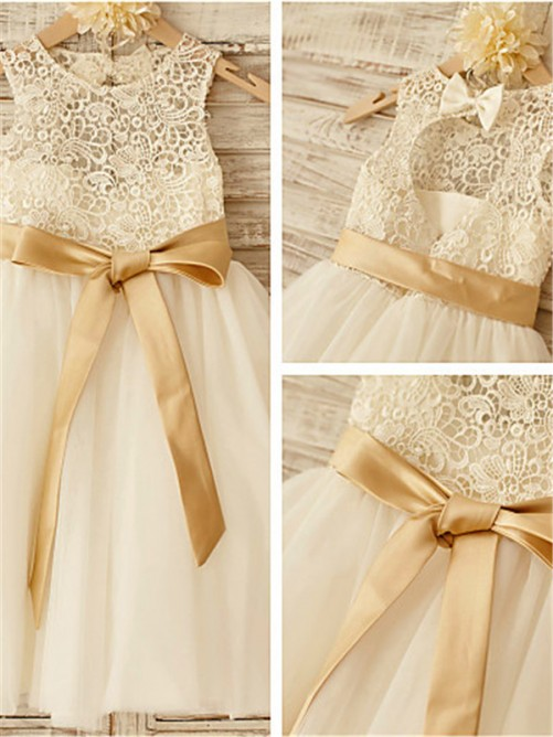 A-Line/Princess Scoop Sleeveless Bowknot Knee-Length Flower Girl Dress with Tulle