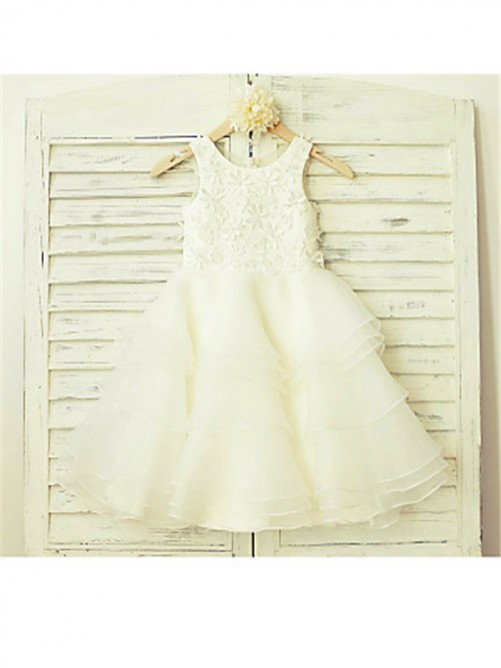 Chicregina Long A-Line/Princess Scoop Sleeveless Lace Flower Girl Dress with Tulle