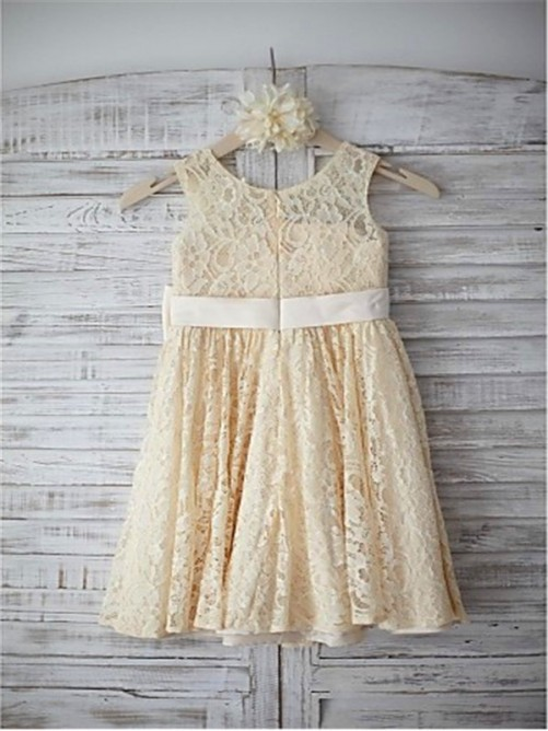 A-Line/Princess Sleeveless Scoop Bowknot Knee-Length Flower Girl Dress with Lace