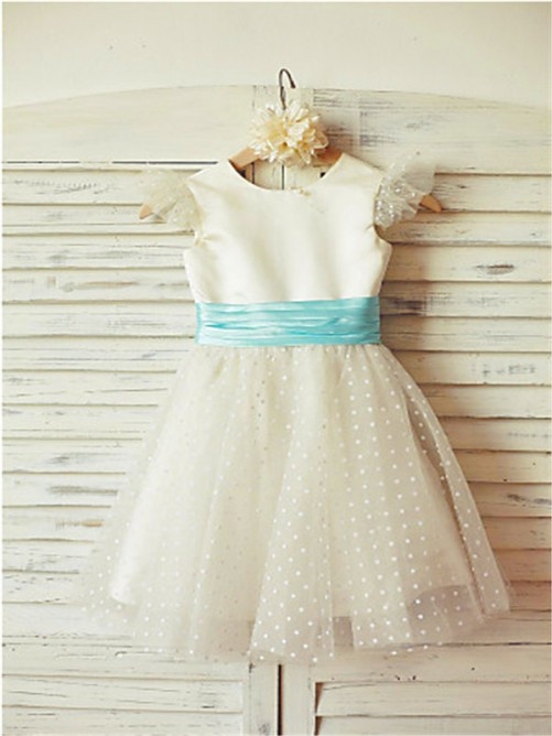 Chicregina A-Line/Princess Jewel Sleeveless Layers Tea-Length Flower Girl Dress with Tulle