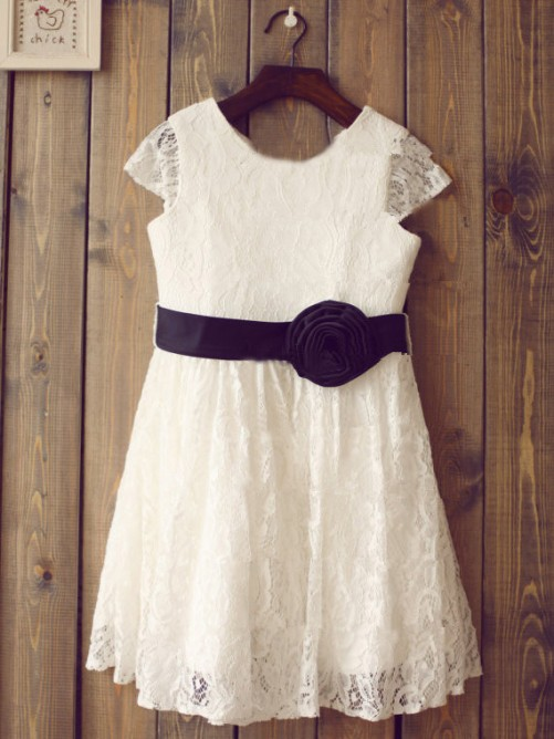 Chicregina Long A-Line/Princess Scoop Short Sleeves Communion Dress with Lace