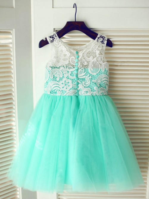 Chicregina Long A-Line/Princess Scoop Sleeveless Lace Communion Dress with Tulle
