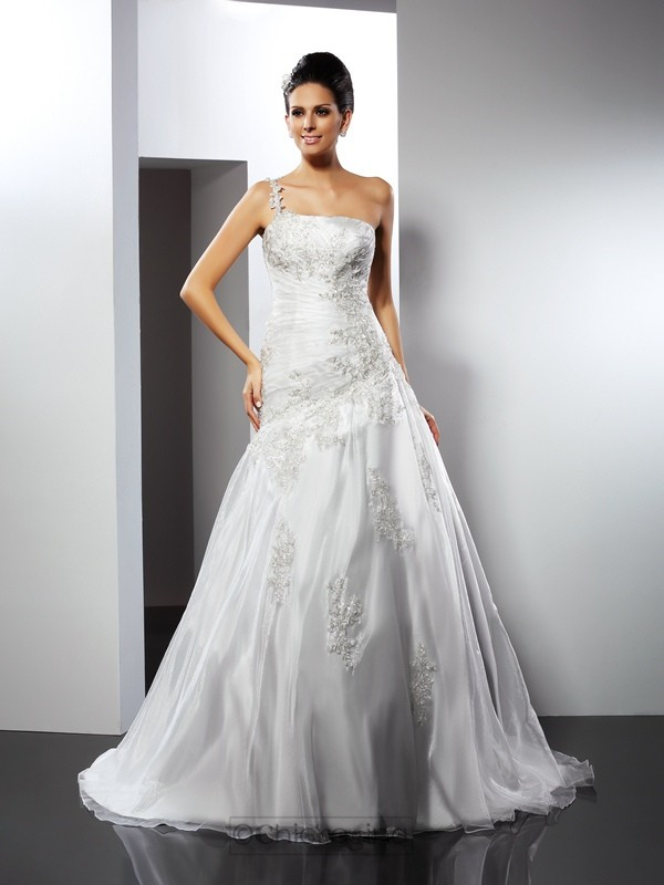 Chicregina A-Line/Princess One-Shoulder Chapel Train Satin Wedding Dress with Lace Applique