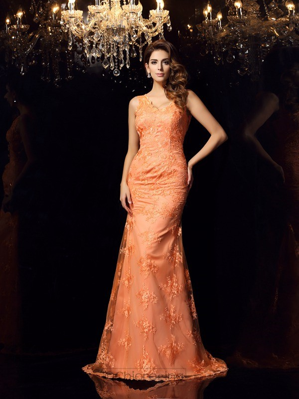 Chicregina Trumpet/Mermaid Straps Satin Lace Sweep/Brush Train Dress with Ruched