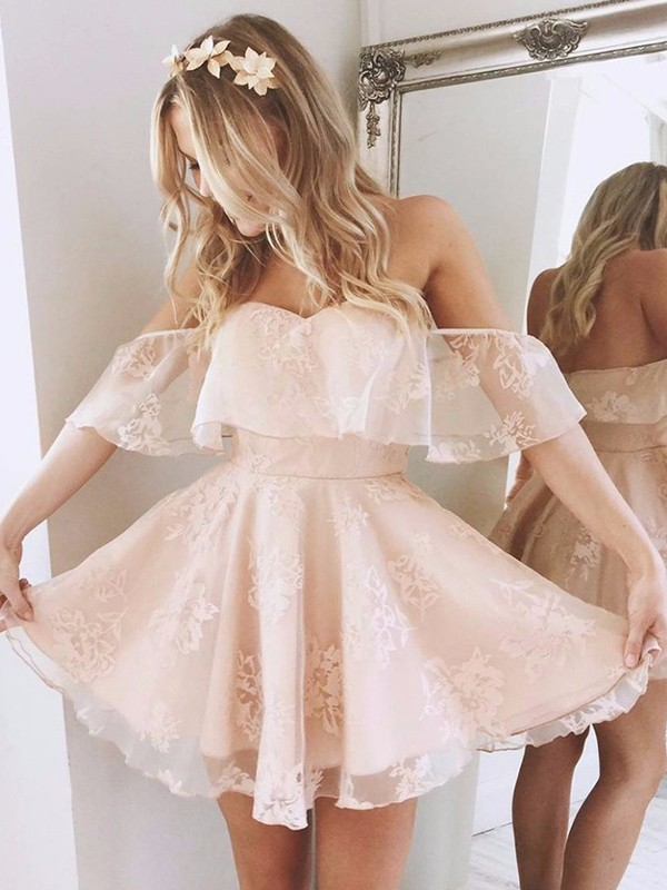 A-Line/Princess Off-the-Shoulder Sleeveless Lace Short/Mini Dresses