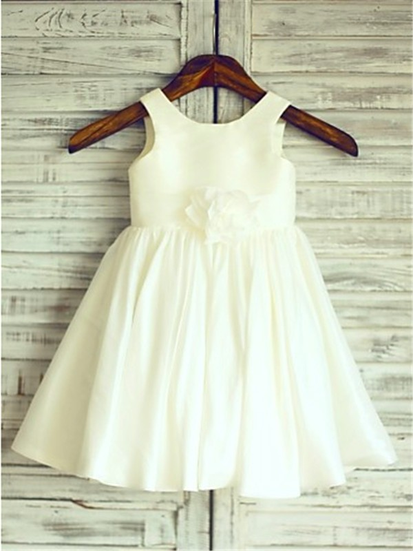 Chicregina A-Line/Princess Scoop Sleeveless Tea-Length Chiffon Communion Dress