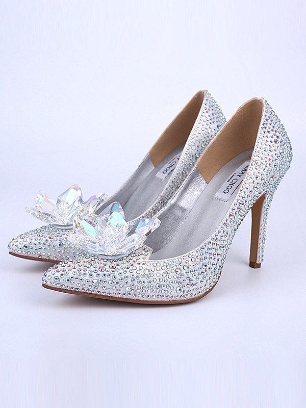 Chicregina Womens Closed Toe Stiletto Heel Wedding Shoes with Crystal Flower