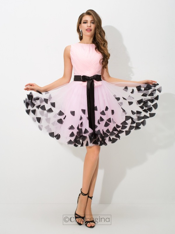 Chicregina A-Line/Princess High Neck Bowknot Mini Net Cocktail Dress with Beading