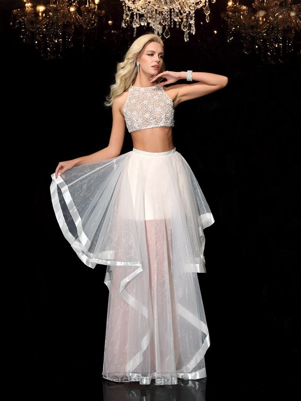 Chicregina A-Line/Princess Scoop Tulle Dress with Beading Applique