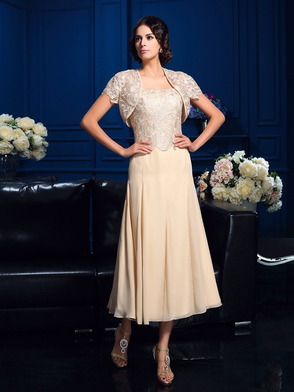 Chicregina A-Line/Princess Square Knee-Length Chiffon Mother Of The Bride Dress with Beading