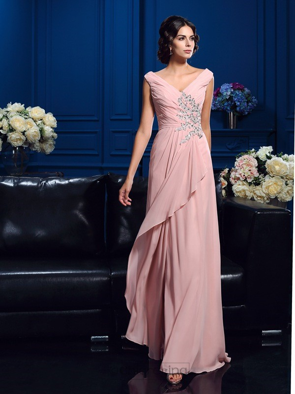 A-Line/Princess V-neck Sweep/Brush Train Chiffon Mother Of The Bride Dress with Ruffles Beading