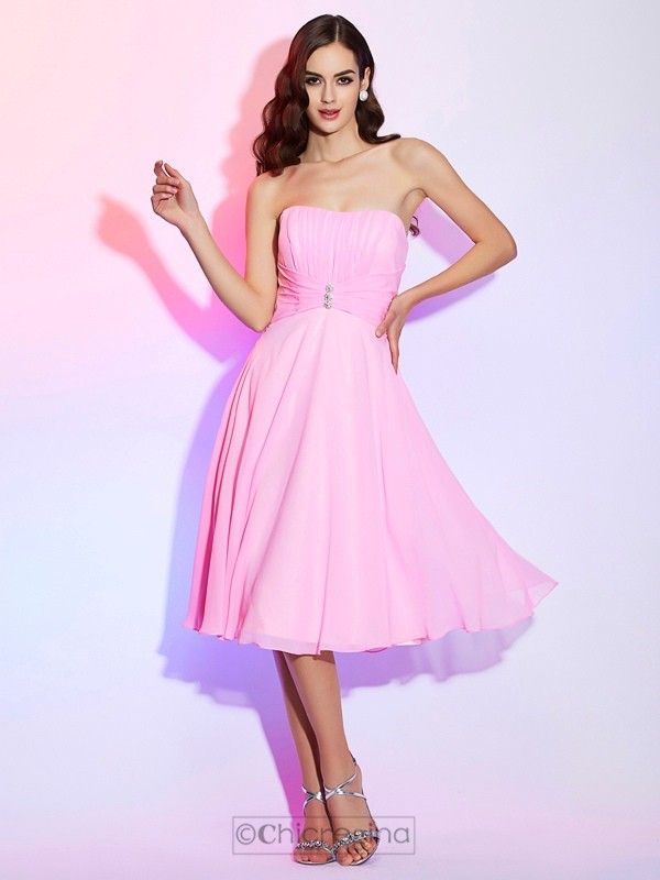 Chicregina A-Line Strapless Chiffon Bridesmaid Dress With Sash Pleats