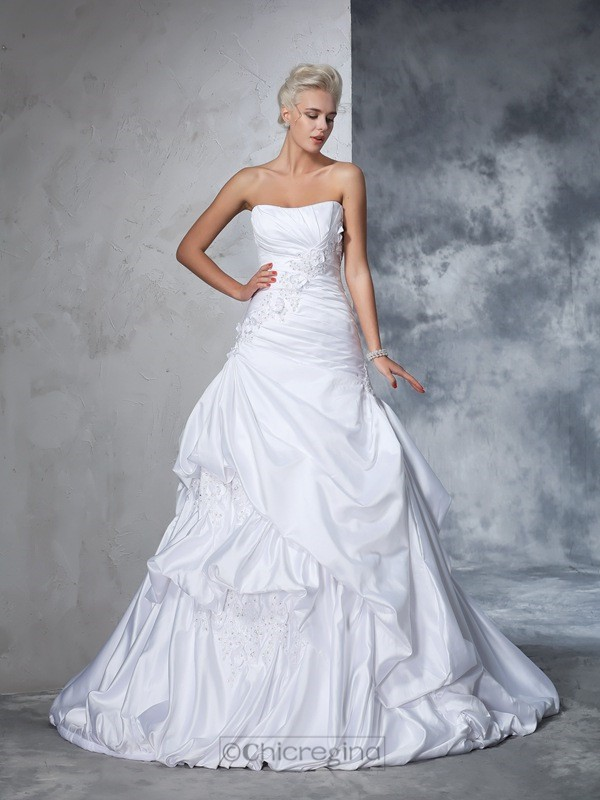 Chicregina Ball Gown Strapless Satin Applique Chapel Train Wedding Gown with Pleats
