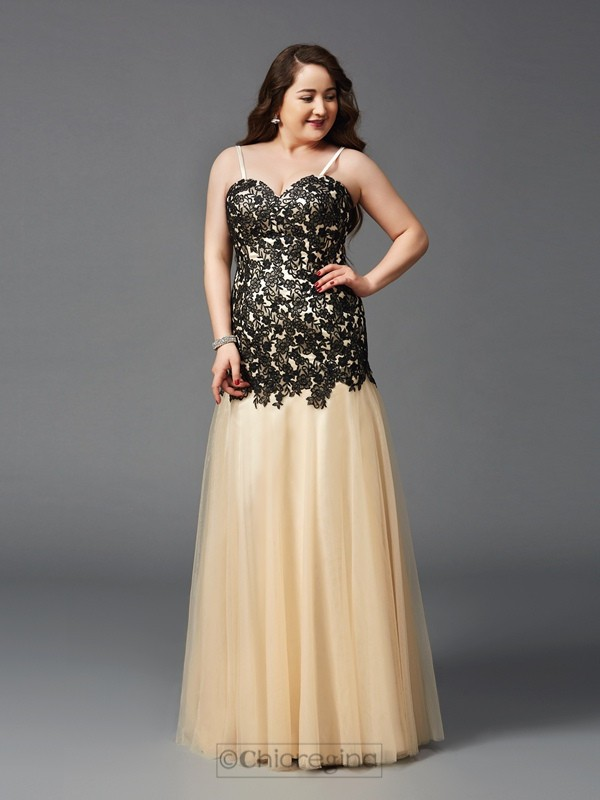 Chicregina Sheath/Column Spaghetti Straps Floor-Length Net Plus Size Dress with Ruched Applique