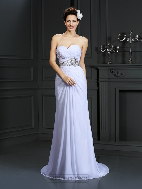 Chicregina Sheath/Column Sweetheart Chapel Train Chiffon Wedding Dress with Rhinestone