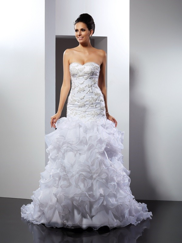 Chicregina Trumpet/Mermaid Sweetheart Chapel Train Organza Wedding Dress with Sash