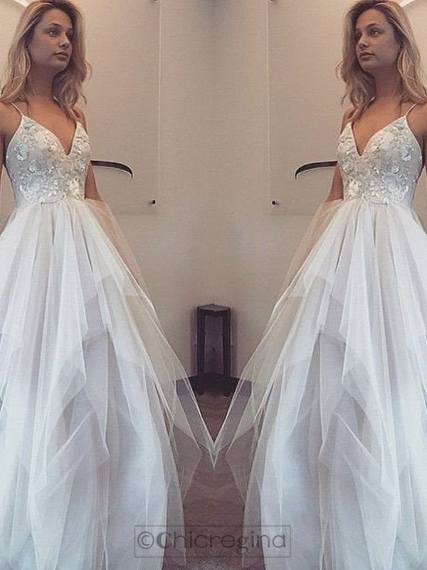 A-Line/Princess Spaghetti Straps Sleeveless Long Tulle Dress With Appliques