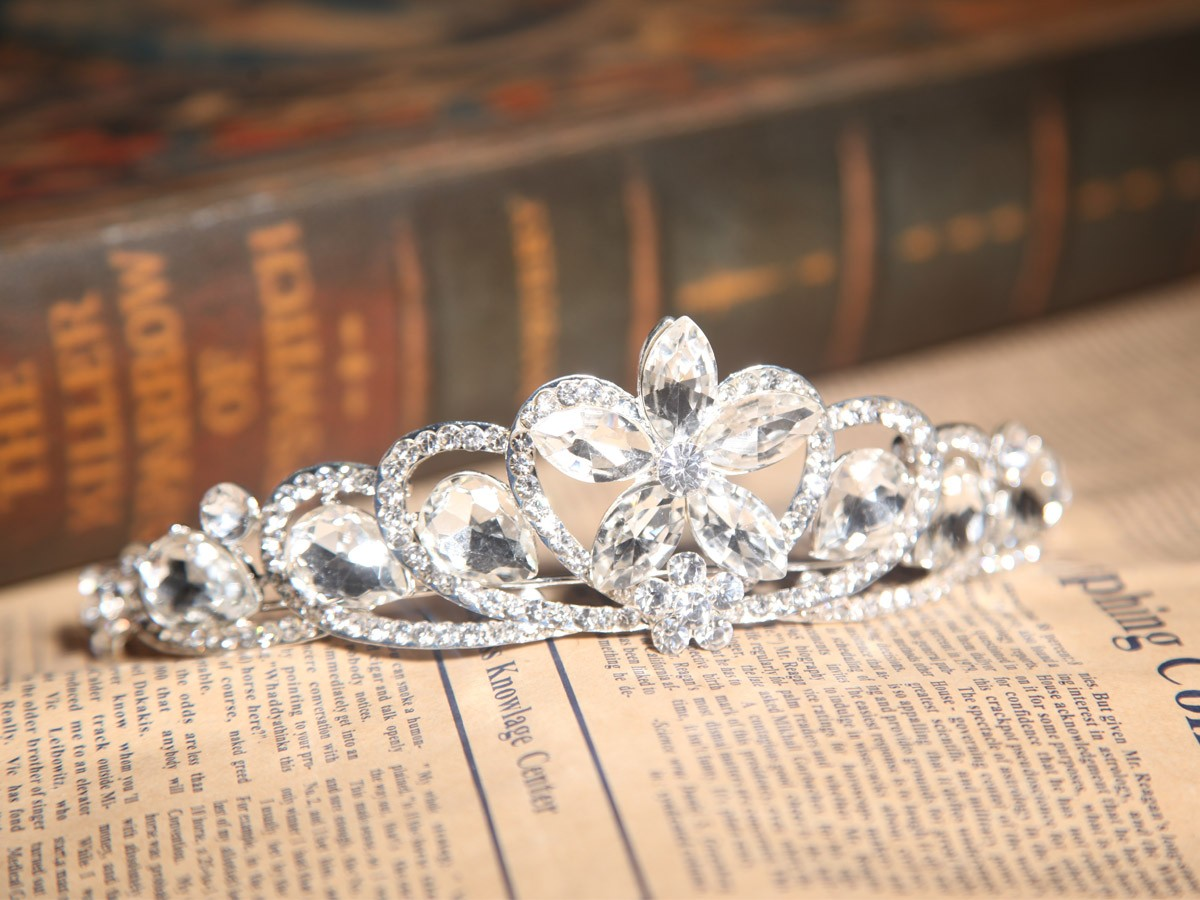 Beautiful Alloy With Czech Rhinestones Wedding Headpieces