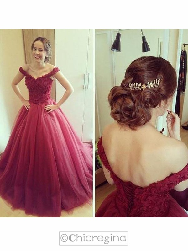 Ball Gown Off-the-Shoulder Sleeveless Court Train Tulle Dress With Appliques