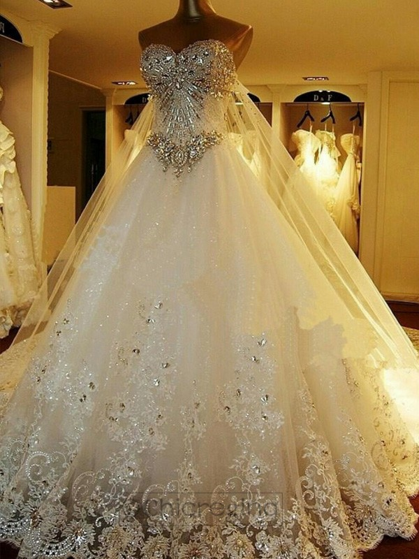 Ball Gown Sleeveless Sweetheart Court Train Tulle Wedding Dress With Beading