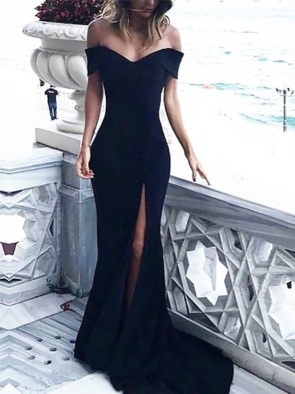 Sheath/Column Off-the-Shoulder Sleeveless Spandex Court Train Dresses With Ruched