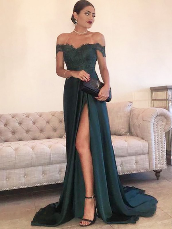 A-Line/Princess Off-the-Shoulder Lace Sleeveless Satin Sweep/Brush Train Dresses