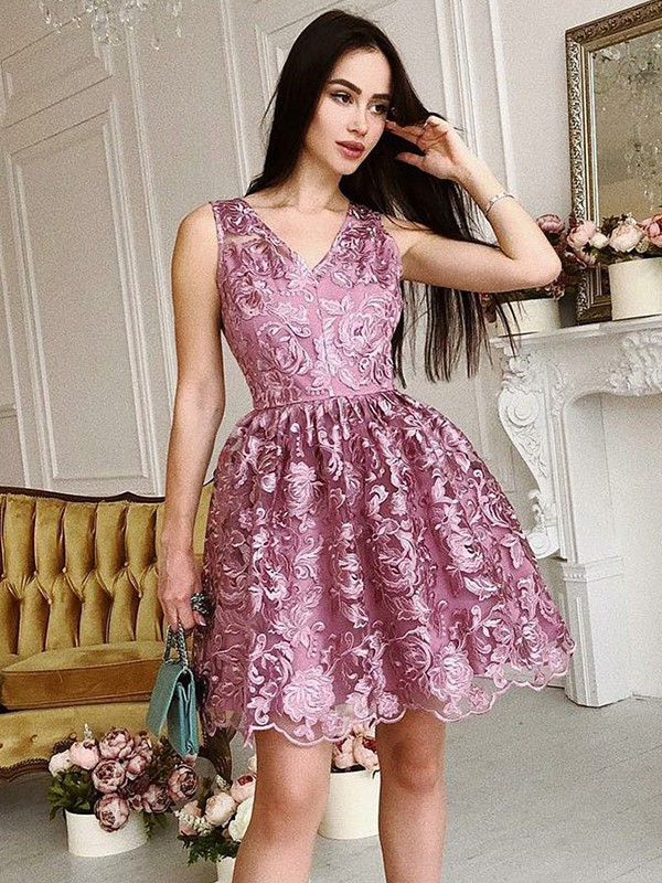 A-Line/Princess V-Neck Sleeveless Organza Short Dresses With Ruched