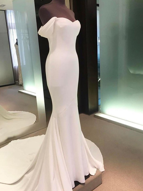 Sheath/Column Off-the-Shoulder Spandex Short Sleeves Court Train Wedding Dresses