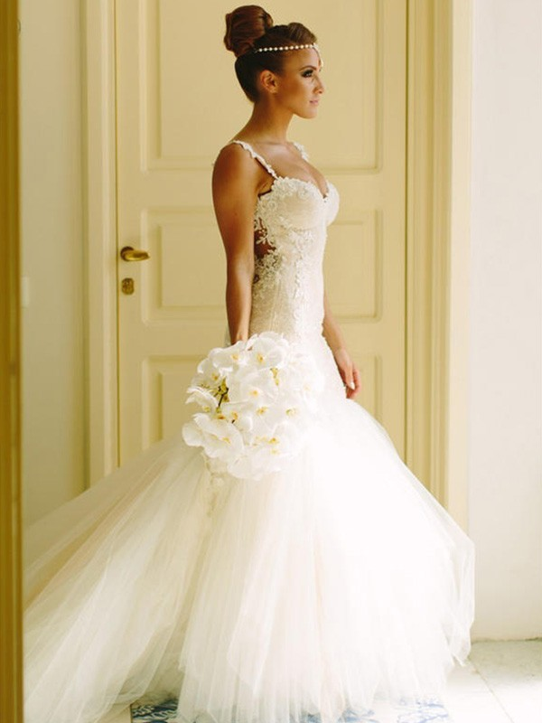 Trumpet/Mermaid Sweetheart Spaghetti Straps Sleeveless Court Train Lace Tulle Wedding Dresses With Applique