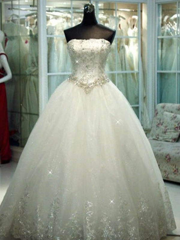 Ball Gown Strapless Tulle Sleeveless Floor-Length Wedding Dresses With Beading