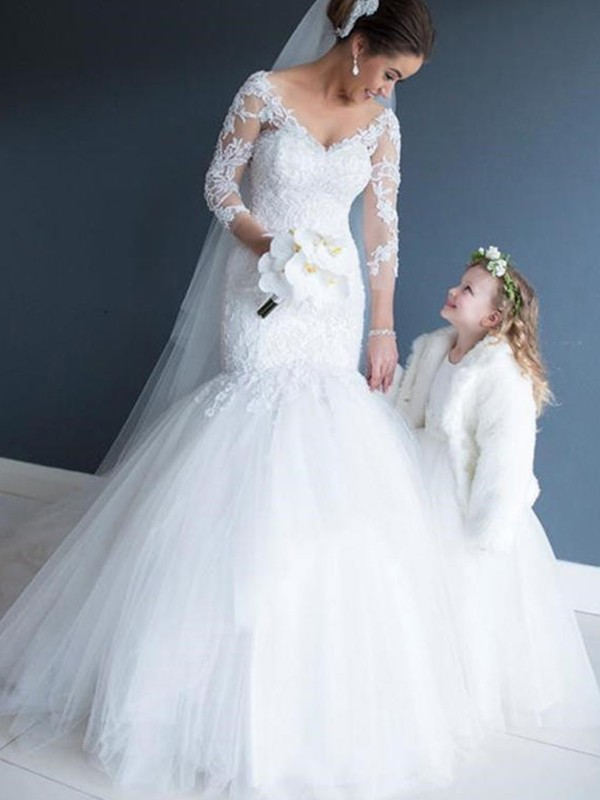 Trumpet/Mermaid V-neck Lace 3/4 Sleeves Court Train Tulle Wedding Dresses