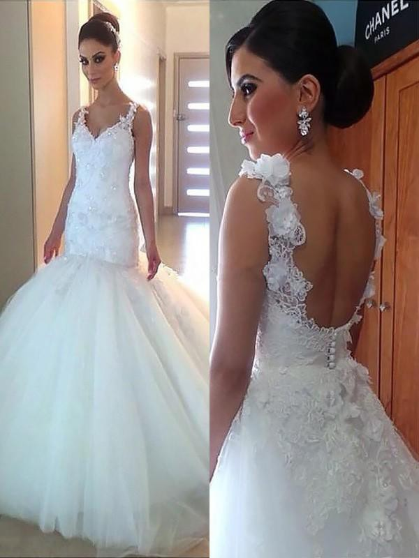 Trumpet/Mermaid V-neck Tulle Sleeveless Court Train Wedding Dresses With Applique