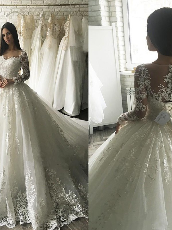 Ball Gown Scoop Long Sleeves Court Train Tulle Wedding Dresses With Applique
