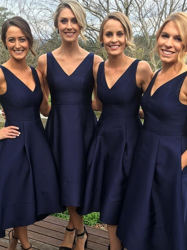 A-Line/Princess V-neck Sleeveless Satin Tea-Length Bridesmaid Dresses
