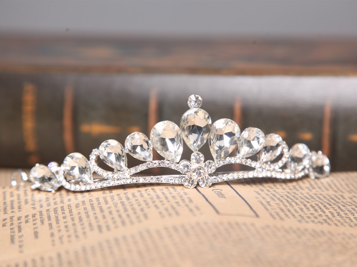 Glamorous Alloy Clear Crystals Wedding Headpieces
