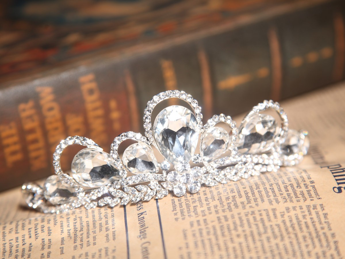 Unique Alloy With Czech Rhinestones Headpieces