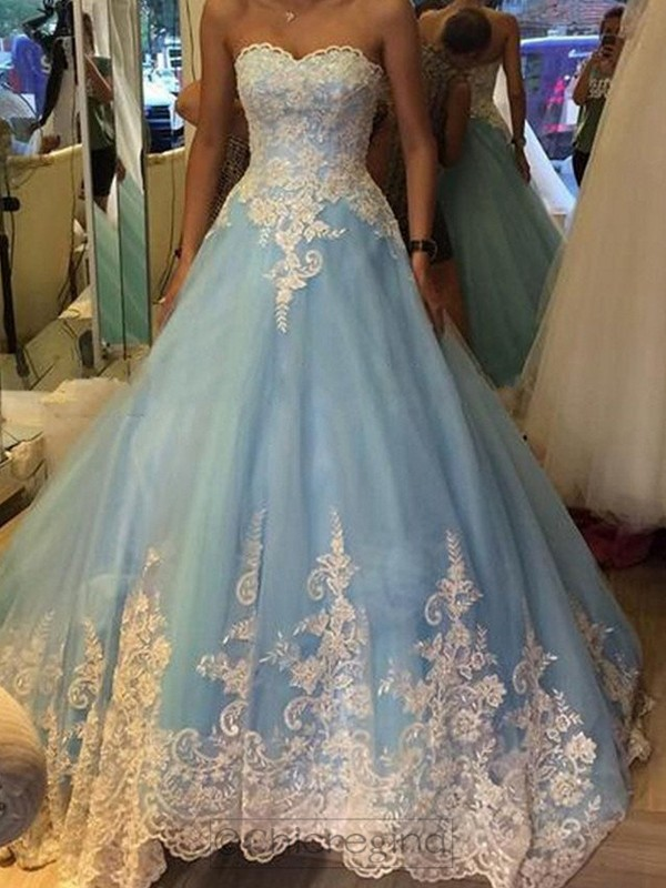 Ball Gown Sweetheart Sleeveless Tulle Sweep/Brush Train Dress With Appliques